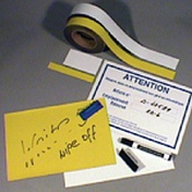Magnetische Etiketten, Streifen, Buchstaben auf Bögen, etc.